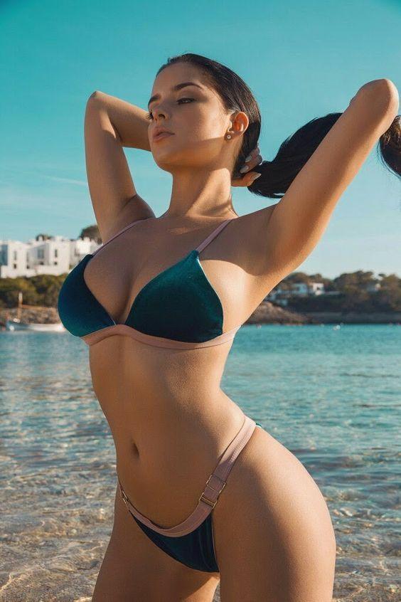Monika sexy beauty