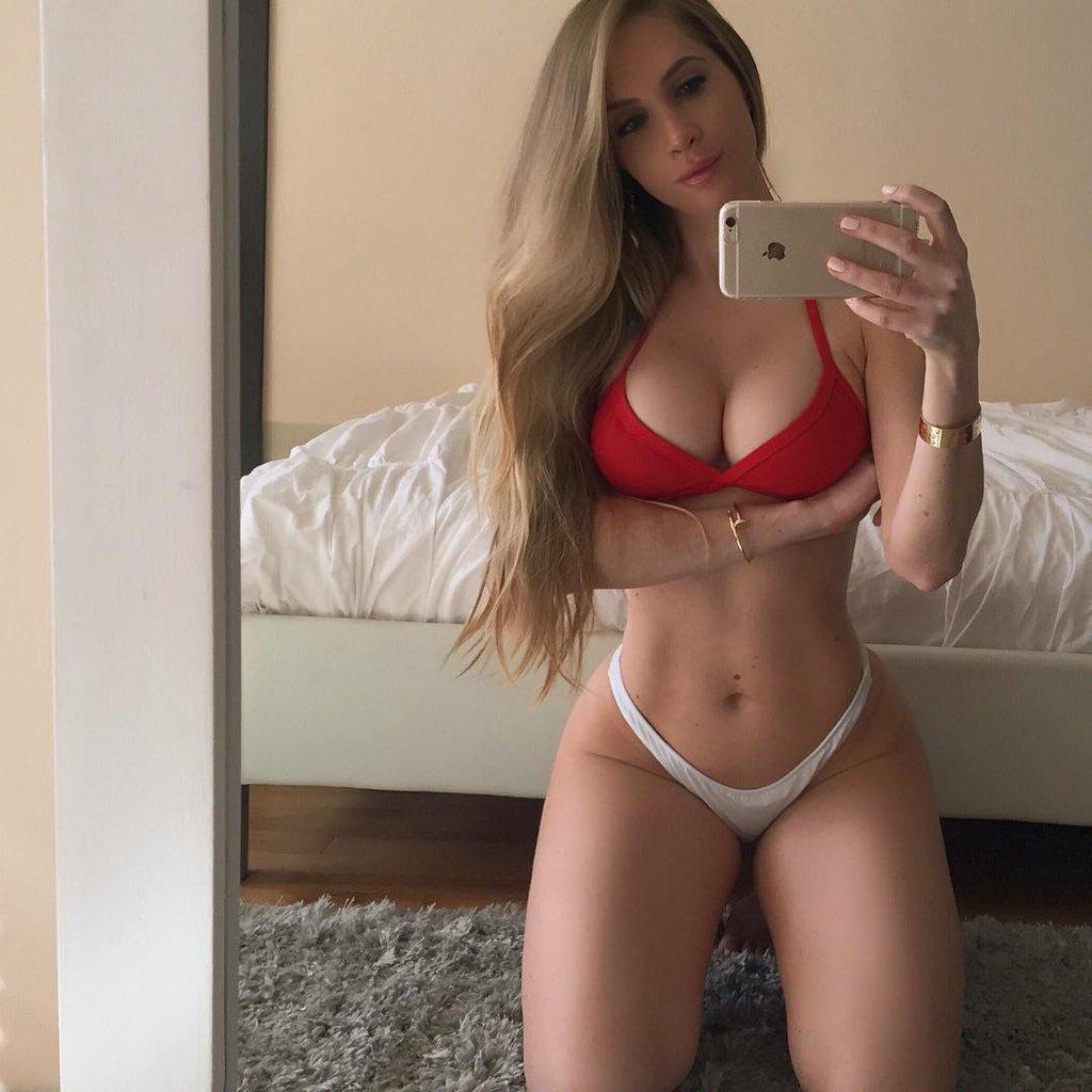 amanda-lee-sexy